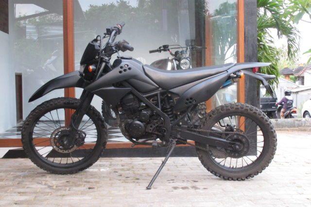 Motor Custom Kawasaki KLX 150cc Tracker | Island Motorcycles - Sewa menyewa jadi lebih mudah di Spotsewa