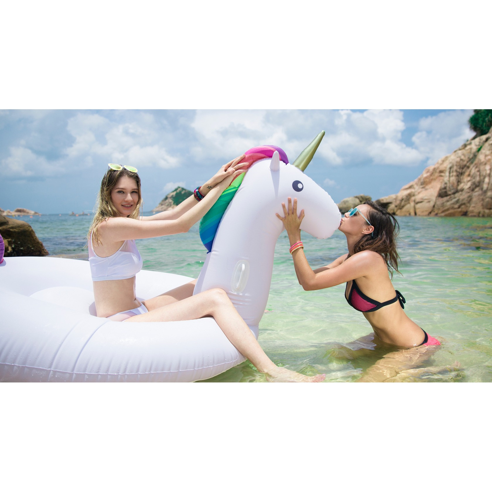 Karlie Rainbow Unicorn Floats | Le Float