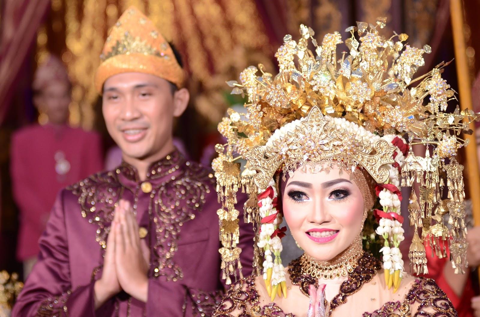Baju Adat Palembang | Diamond Wedding Service - Sewa menyewa jadi lebih mudah di Spotsewa