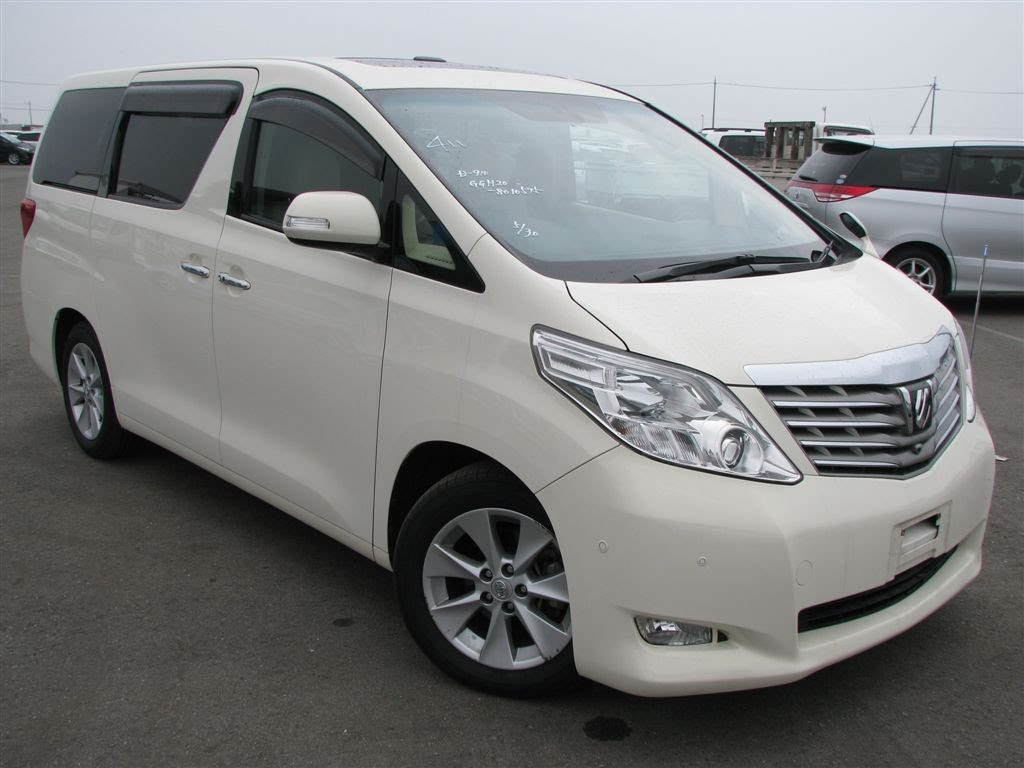 Toyota Alphard Manual | Dian Car Bali