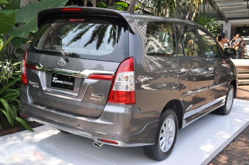 Sewa Toyota Innova Manual di toko Dian Car Bali daerah Denpasar, Bali - Sewa menyewa jadi lebih mudah di Spotsewa