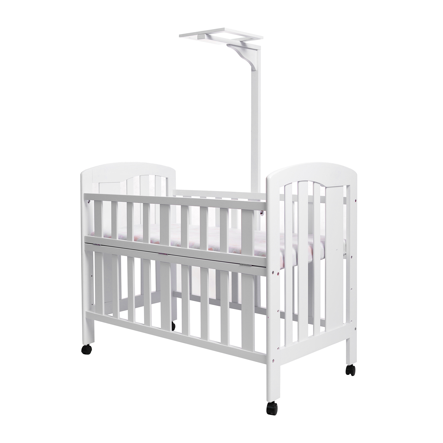 Royal Wooden Baby Crib | Spotsewa - Sewa menyewa jadi lebih mudah di Spotsewa